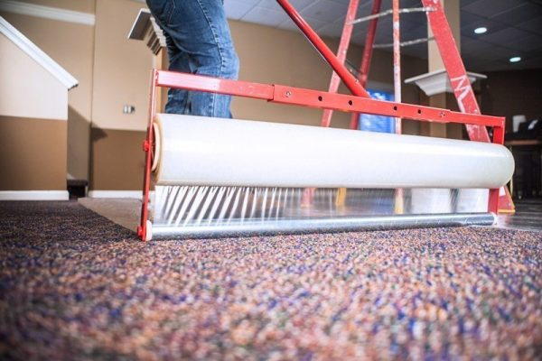 Applicator for Carpet Protection